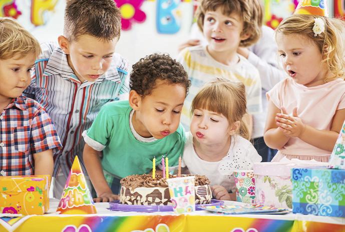 Los imprescindibles en un cumpleaños