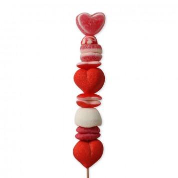 Brocheta de chuches rojas San Valentín