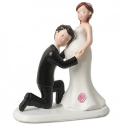 Figura novios boda embarazada