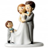 Figura boda novios con niño